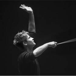 "Krzysztof Urbański Debuts with Emanuel Ax and the San Francisco Symphony in Beethoven's ""Emperor"" Concerto and Dvořák's ""New World"" Symphony"
