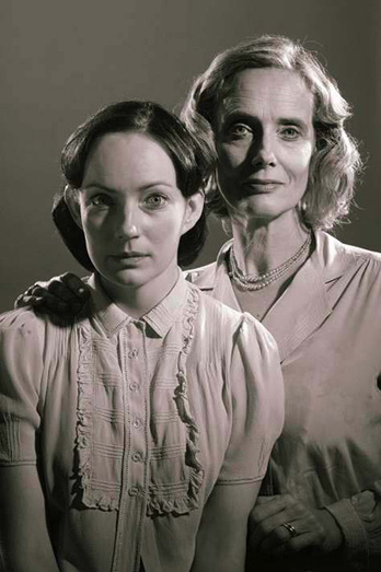 Barbara Marten as Amanda and Nicola Harrison as Laura in Tennessee Williams' The Glass Menagerie