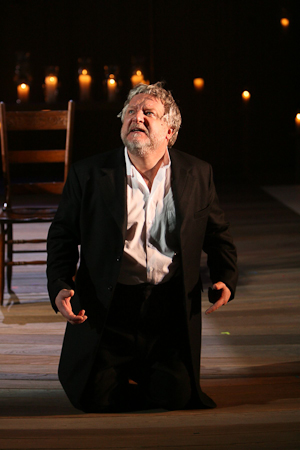 Simon Russell Beale as Leontes in Shakespeare's The Winter's Tale. Photo Joan Marcus