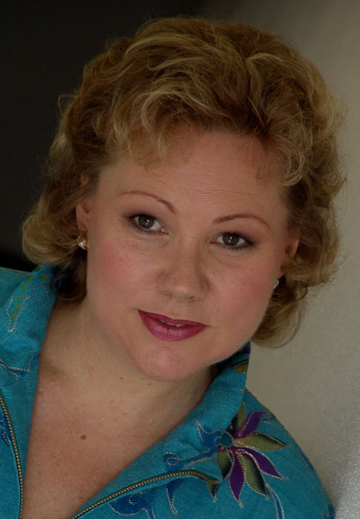 Sabina Hogrefe, who made her warmly received Bayreuth debut, replacing Linda Watson as Brünnhilde in Die Walküre.