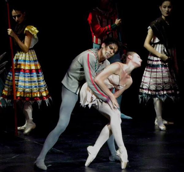 a review of the ballet concert performances at the college of charleston Experience all that columbia sc has to offer with our calendar of events listing ballet & dance columbia's spring concert lineup is ushering in the.