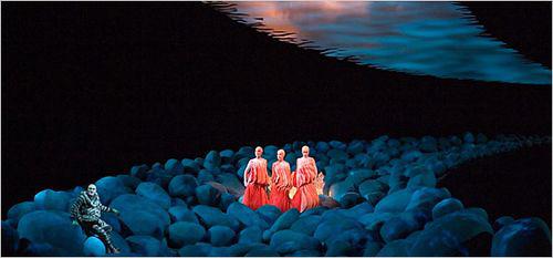 Rheingold, Scene 1. Photo © Bayreuther Festspiele GmbH / Enrico Nawrath.