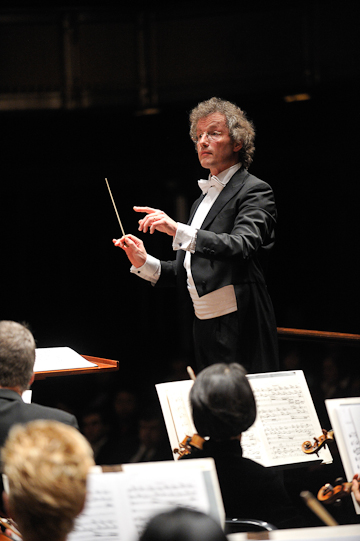 Franz Welser-Möst, Music Director of The Cleveland Orchestra. Photo Roger Mastroianni.