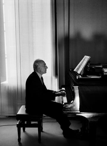 Maurizio Pollini. Photo: Mathias Bothor and DG.