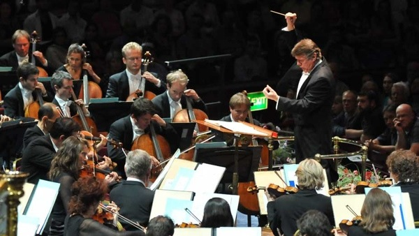 Mariss Janssons conducting the Royal Concertgebouw Orchestra