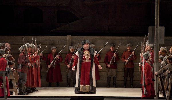 Anatoli Kotscherga as Ivan Khovansky in Mussorgsky's €œKhovananshchina.€ Photo: Ken Howard/Metropolitan Opera.