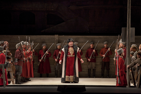 Anatoli Kotscherga as Ivan Khovansky in Mussorgsky's €œKhovananshchina.€ Photo: Ken Howard/Metropolitan Opera.