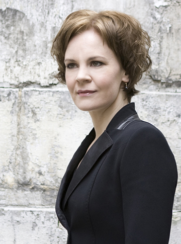 Conductor Susanna Mälkki. Photo Simon Fowler.