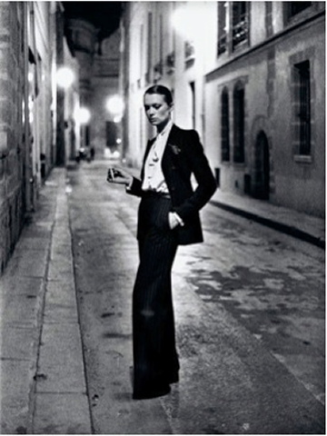 Helmut Newton, YSL, French Vogue, Rue Aubriot, Paris 1975 (dressed) © Helmut Newton Estate