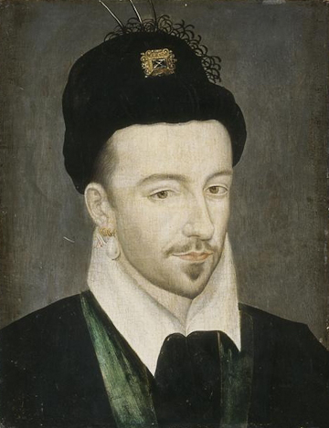 Portrait of Henri III of France wearing a Polish Hat, oil on wood. Musée de châteaux de Versailles et de Trianon.