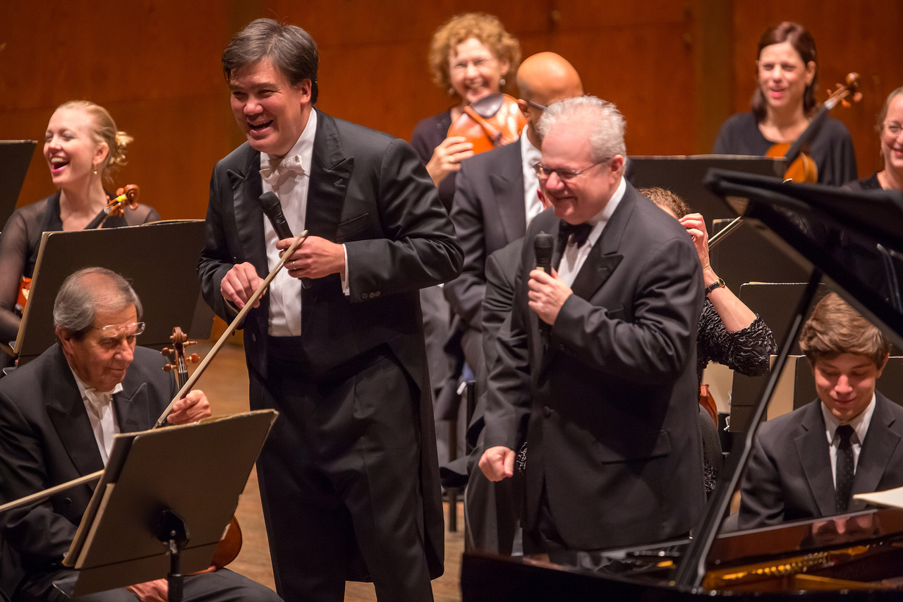Alan Gilbert and Emanuel Ax presenting the Schoenberg Piano Concerto. Photo Chris Lee.