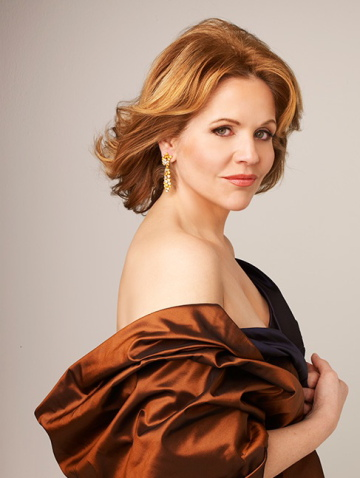 Renée Fleming. Photo © Decca Andrew Eccles.