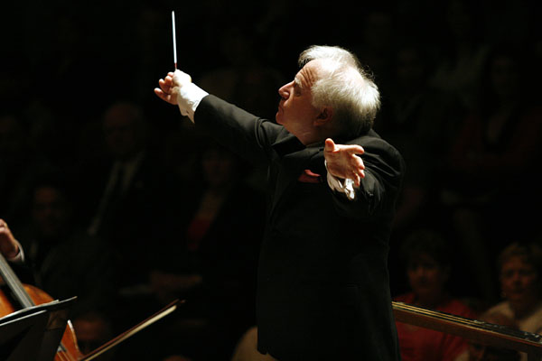 Leonard Slatkin. Photo by Matthew H. Starling.