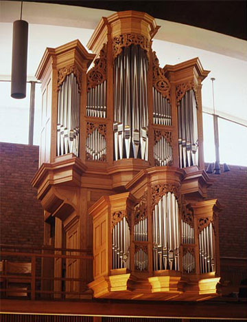 The Richards, Fowkes organ at First Lutheran Church, Boston.