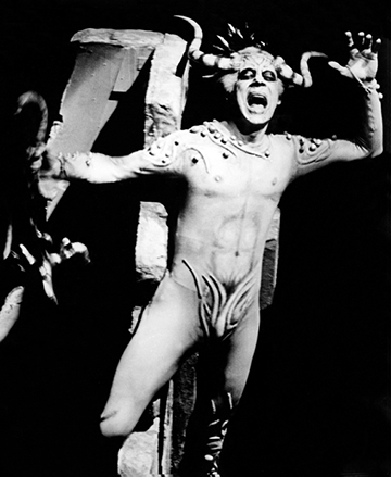 Norman Treigle as Mephistopheles in the Tito Capobianco production, at the Seattle Opera in 1974