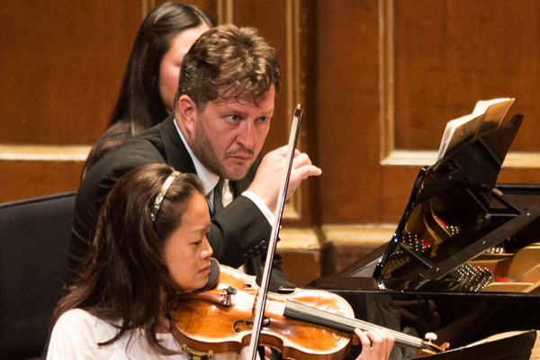 Thomas Adès and the BSO chamber players. Photo by Robert Torres.