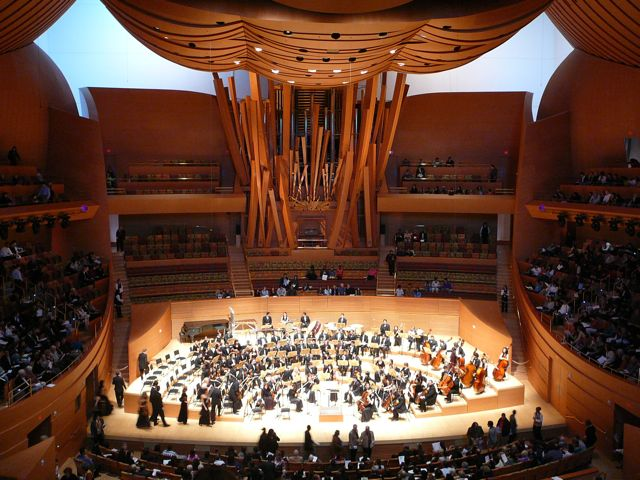 Disney Hall: the stage and organ