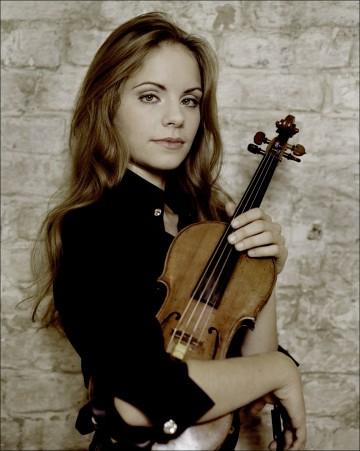 Julia Fischer. Photo Kasskara.