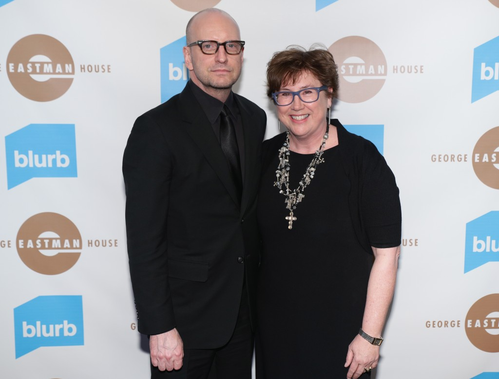 Steven Soderbergh and Honoree Eileen Gittins. Photo Andrew Toth/Getty Images.