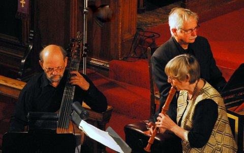 Wieland Kuijken, Arthur Haas, Eva Legêne. Photo Stanley Dorn.