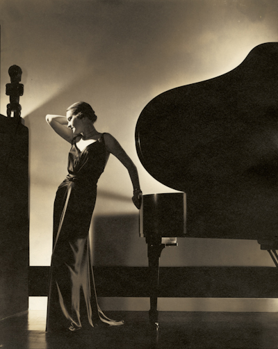 Edward Steichen, Black: Model Margaret Horan in a black dress by Jay-Thorpe. 1935, Courtesy Condé Nast Archive © 1935 Condé Nast Publications