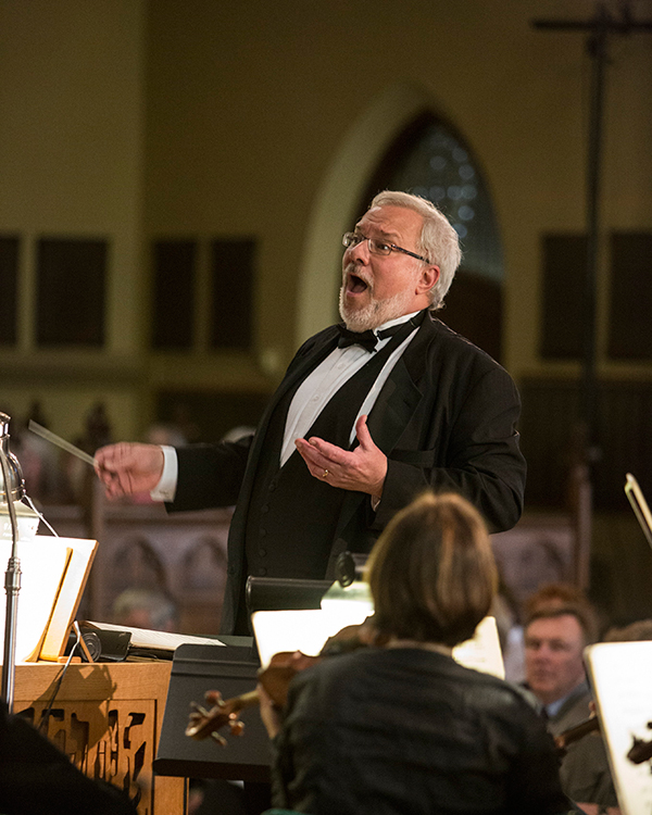 Greg Funfgeld conducting. Photo 2014 Theo Anderson.