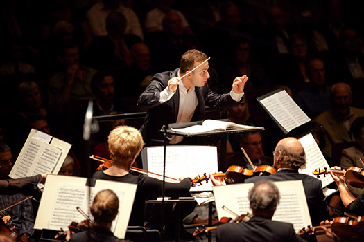 Yannick Nézet-Séguin conducts the Rotterdam Philharmonic Orchestra. Photo Marco Borggreve.