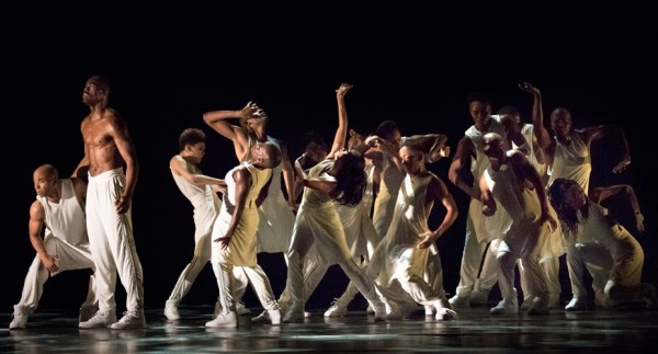 Alvin Ailey American Dance Theater in Rennie Harris' Exodus. Photo Paul Kolnik.