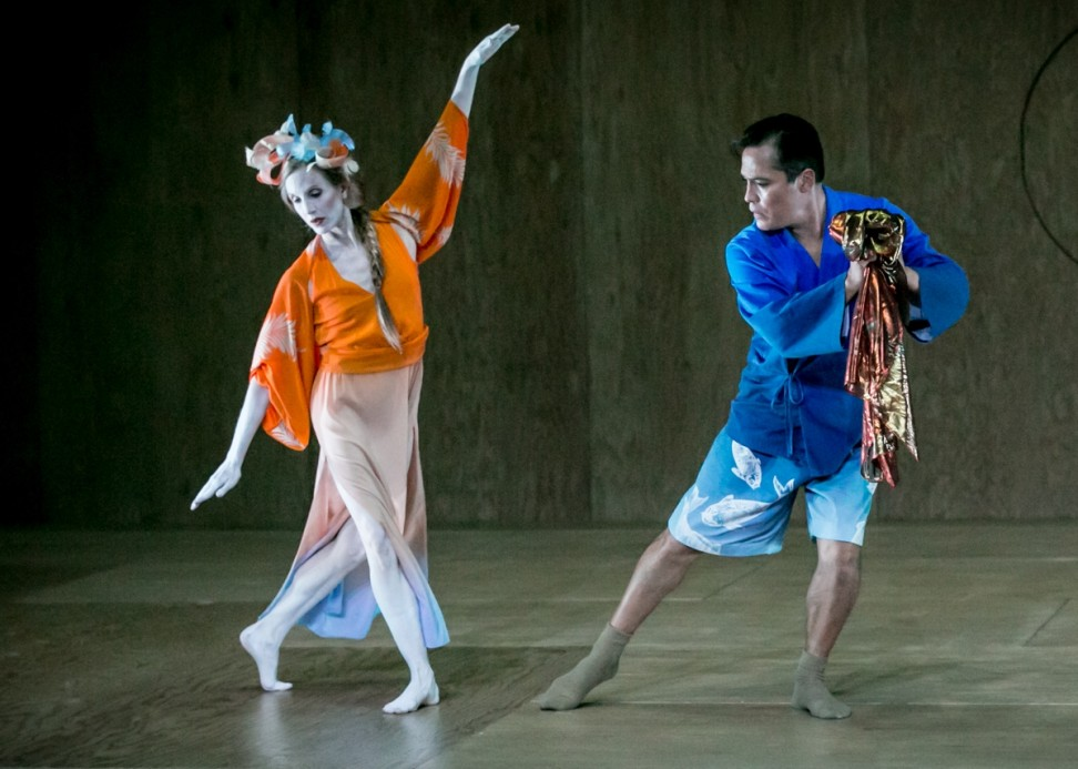 Wendy Whelan as the tennis and Jack Soto as Hakuryo the Fisherman in Hagoromo. Photo Mark Stephen Kornbluth.