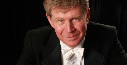 Pianist Ian Hobson