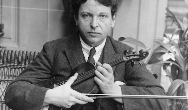 George Enescu and violin. From romaniapozitiva.ro