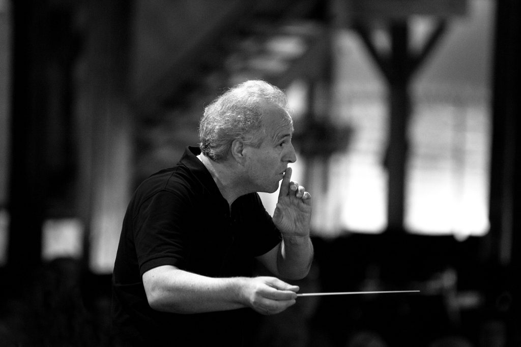 Manfred Honeck. Photo Felix Broede.