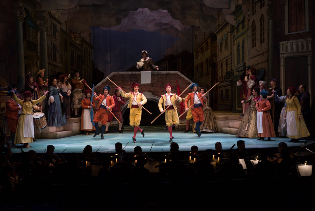 Scene from Le Carnaval de Venise. Photo Kathy Wittman.