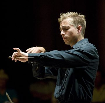 Vasily Petrenko. Photo Mark McNulty.
