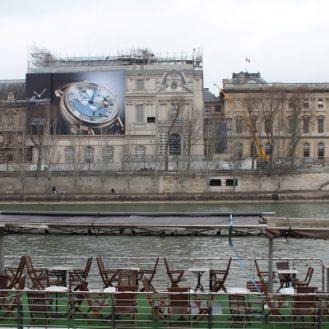 Uns soucoupe volante ou un peu de Venise à Paris?