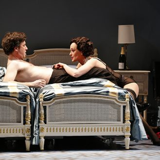 The Notorious Scene according to Scheib in Powder Her Face. Photo © Carol Rosegg.