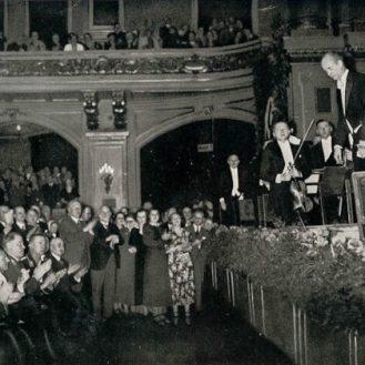 Hitler and Friends applaud Wilhelm Furtwängler and the Berlin Philharmonic