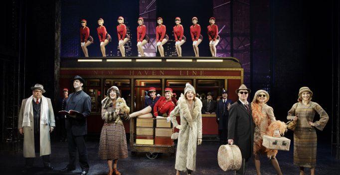 Bullets over Broadway - Cast. Photo Paul Kolnik.