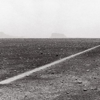 Richard Long, Dusty Boots Line, 1988