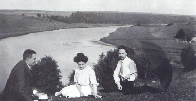 Alexander Scriabin, Tatiana Schloezer and Leonid Sabaneev on the banks of the Oka