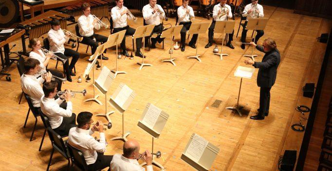 Jonathan Berman Conducts, Photo Hilary Scott.