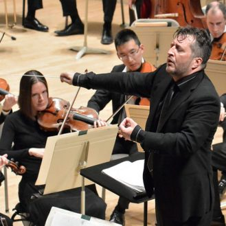 Thomas Adès conducting the BSO. Photo Stu Rosner.
