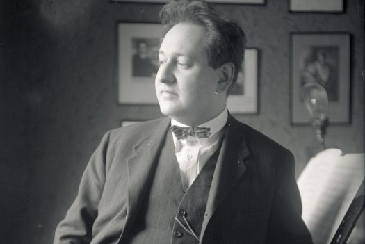 Erich Wolfgang Korngold in 1927, the year of Heliane's Premiere. Photo Hermann Brühlmeyer.