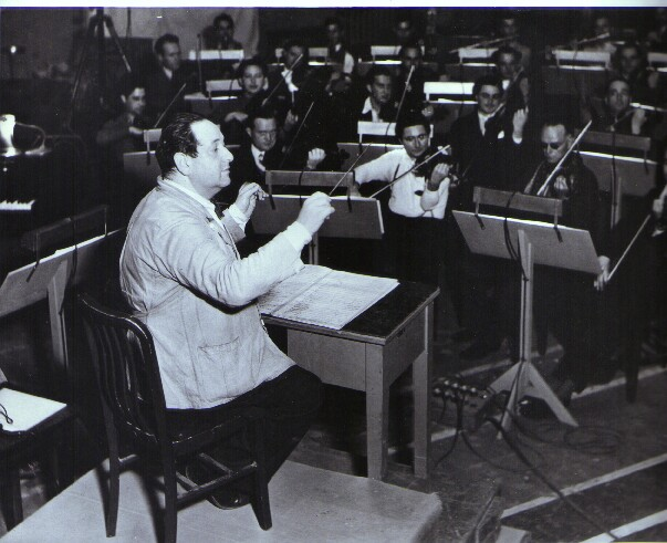 Korngold Conducting at Warner Brothers.